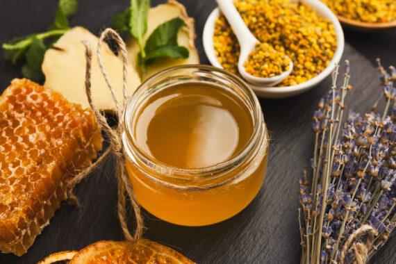 Non solo miele: scopri le caratteristiche di tutti i prodotti dell'alveare!